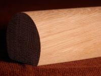 Madla zábradlí na schodiště dřevěná MADLO ZÁBRADLÍ DŘEVĚNÉ PRŮMĚR Ø 35 mm DO MATEŘSKÝCH ŠKOLEK BUK KULATÉ S PLOCHOU SCHODIŠŤOVÉ NA ZEĎ Madla zábradlí na schodiště dřevěná